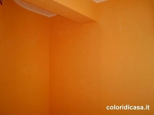 Immagine 22 32 tinteggiatura interni for Oikos colori interni