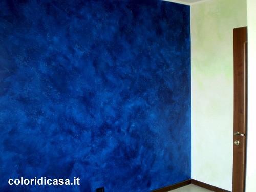 Terre fiorentine decorazione colore blu intenso parete cameretta morena roma 2 imbianchino - Colore pittura casa ...