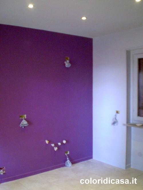 Verniciatura a smalto ad acqua uretanico pareti ed - Vernice plastica per muri esterni ...